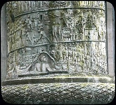 The Trajan Column depicts Trajan's detailed carvings as a war commentary